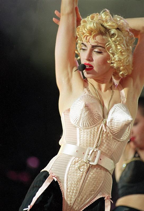 Madonna vestida por Jean-Paul Gaultier