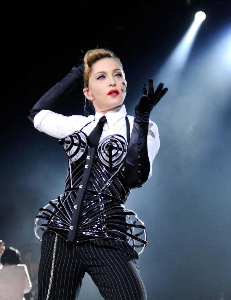 Madonna_Hyde_Park_2012